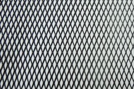Сетка декор алюмин. ячейка 15мм черная размер 50х100см